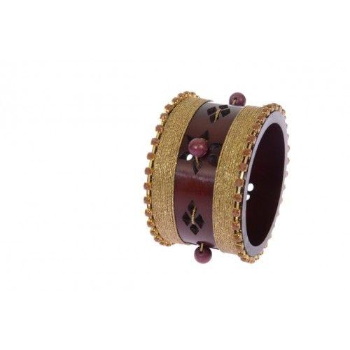 """Universe"" bracelet bone, czech crystals, chaoliti and golden thread"
