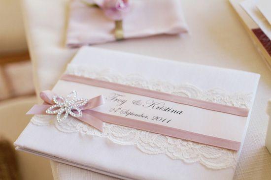 { inspiration dentelle } organizer votre mariage élégant – idées des faire part et robe de demoiselle d'honneur