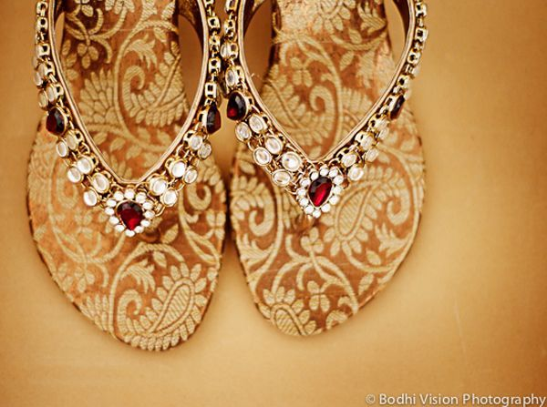 Kundan Wedding Sandals,  indian wedding shoes, bling shoes for your wedding