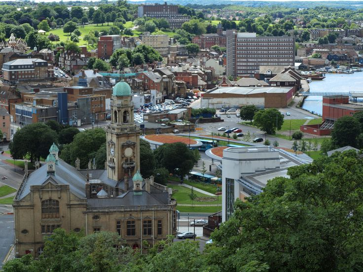 https://flic.kr/p/ckjm4u | A view down into Chatham town centre from Fort Amherst [shared]