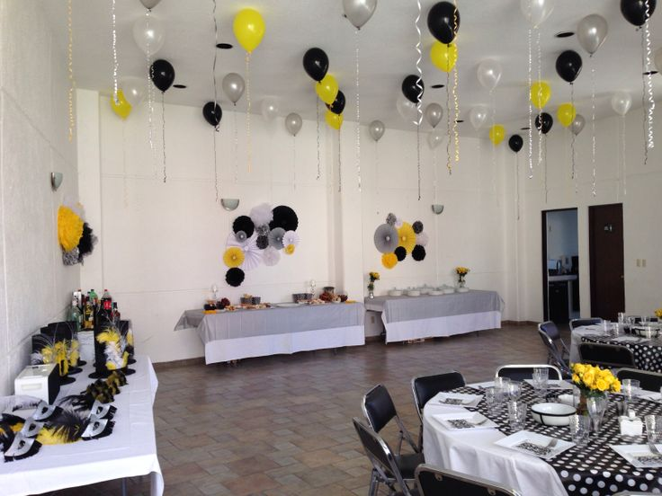 Decoración fiesta blanco y negro/ party yellow / party/ fiesta decoración/ blanco y negro/ amarillos/ globos decoración.