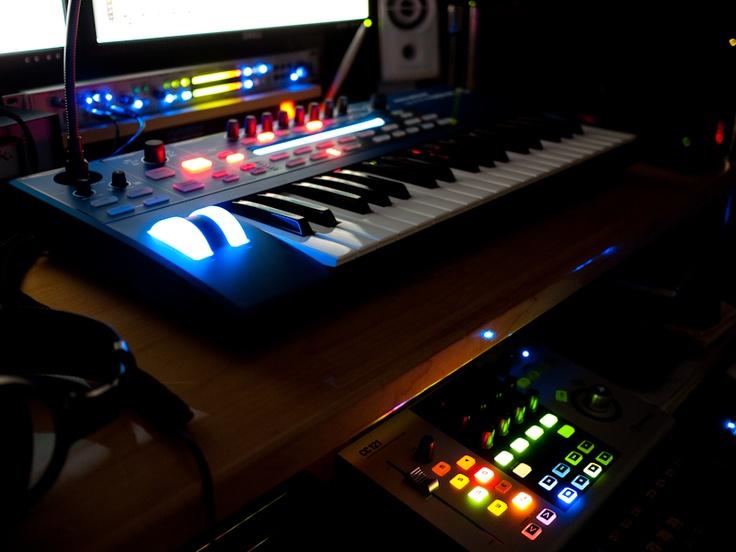 Novation Ultranova, synth, keyboard, ultranova