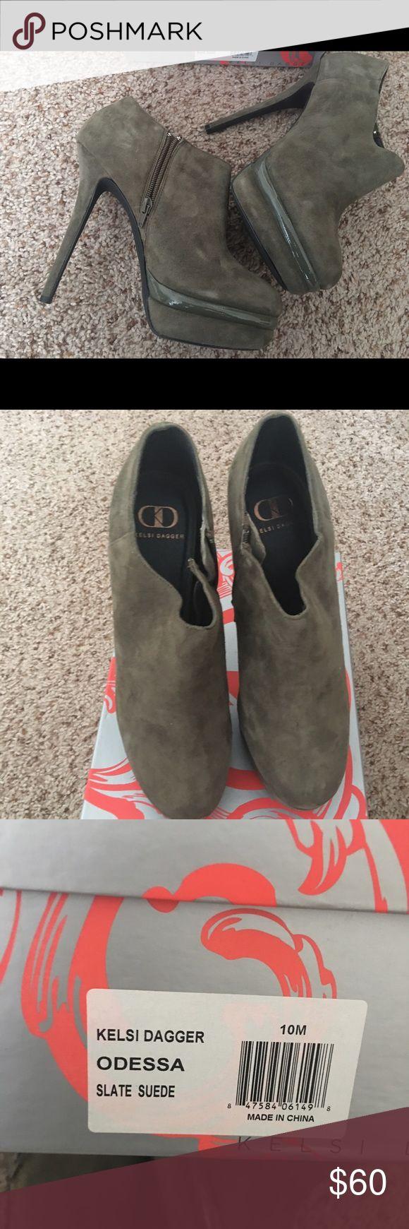 KELSI DAGGER SIZE 10 high heel shoes Platforms Kelsi Dagger Shoes Platforms