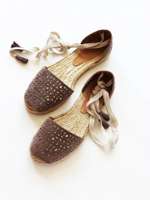 ..a bohemian sandals ..☮
