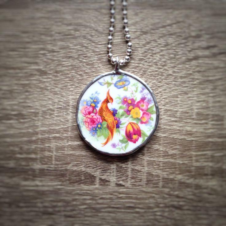 Collana Ag925 lunga e broken china lunga uccellino in ceramica Inglese con decoro fiori  elegante e colorato PEZZO UNICO OOAK di Cuony su Etsy https://www.etsy.com/it/listing/498293295/collana-ag925-lunga-e-broken-china-lunga