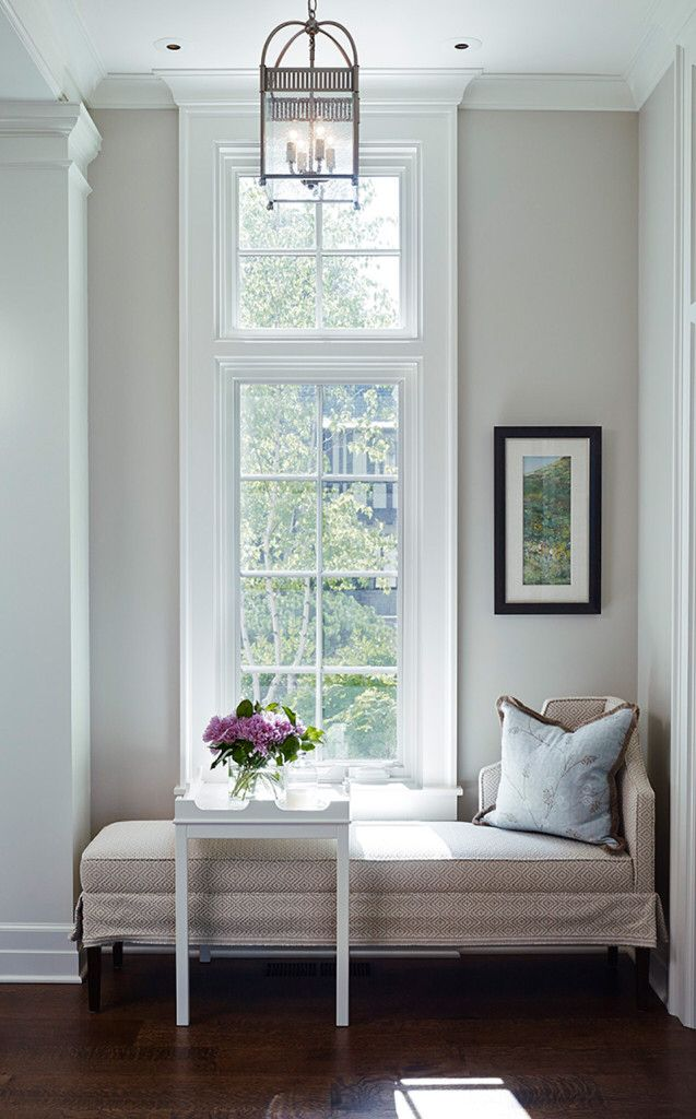 oomph Edgartown Side straddling a fabulous Daybed. James Thomas Interior Design.