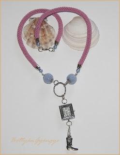 Gyöngyhorgolt ékszerórás nyaklánc / bead crochet necklace