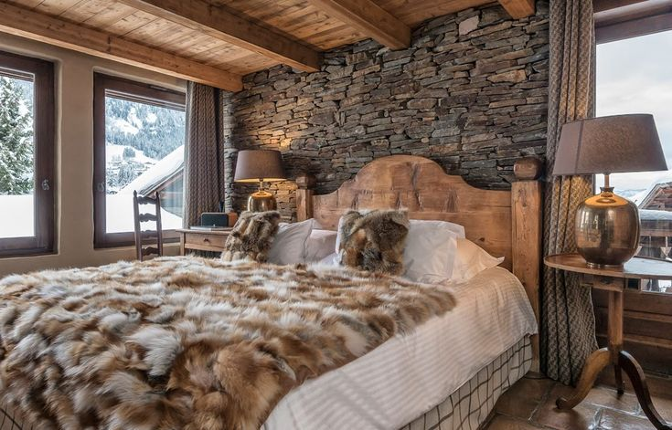 """I'm obsessed with bringing the outdoors """"in"""" Every room in our home has that rustic and earthy feel... I really wanna add some Natural Stone to our master Bedroom, this may just have to be our winter project! Unless the house sells before then."""