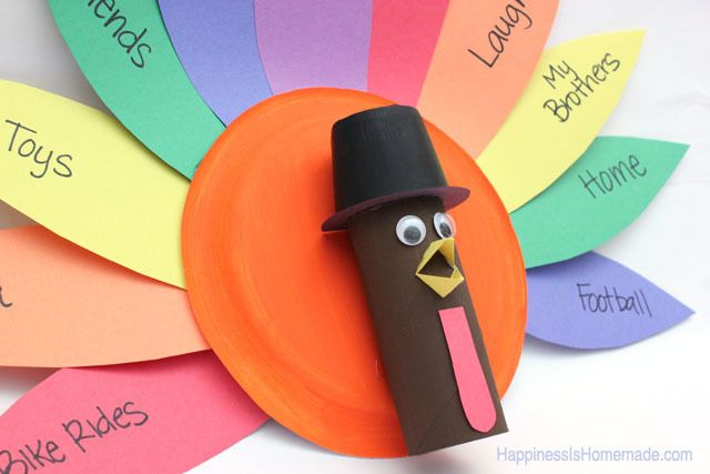 Thankful Thanksgiving Turkeys | Before Thanksgiving arrives, be sure to get the kids situated with turkey crafts that will put them in a festive mood.