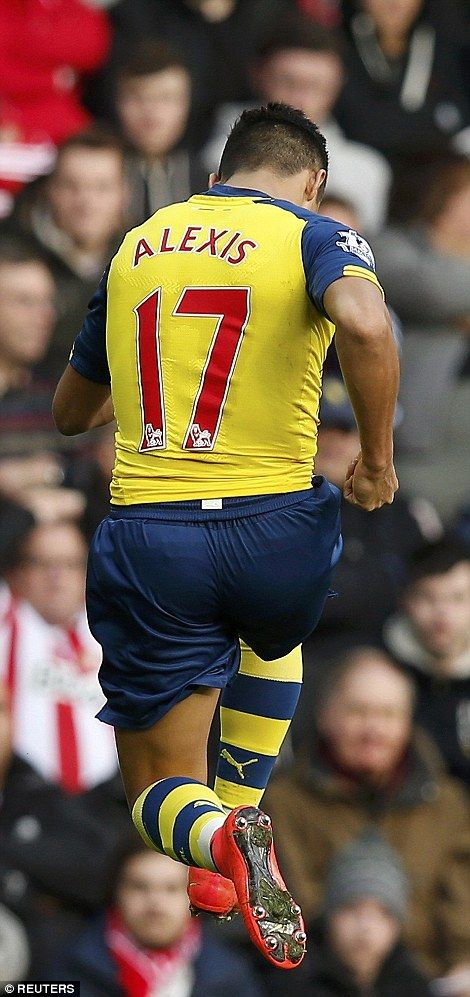 #Alexis #Sanchez jumps during his celebration at the Stadium of Light as #Arsenal won 2-0...