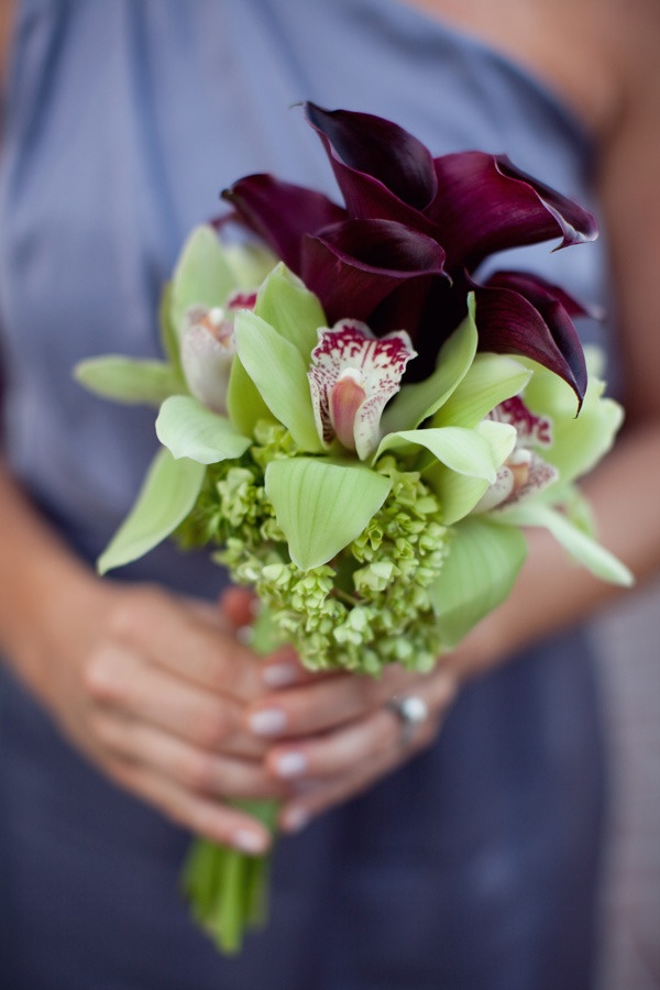 Love the colors of this orchid and calla bouquet with the bridesmaid's dress. Photography by birdsofafeatherphoto.com, Floral Design by sadhnasfloralstudio.comBouquets Photography, Bouquet Photography, Birdsofafeatherphoto Com, Floral Design, Calla Lilies, Simple Wedding Bouquets, Calla Lilly, Calla Lillie, Bridesmaid Bouquets