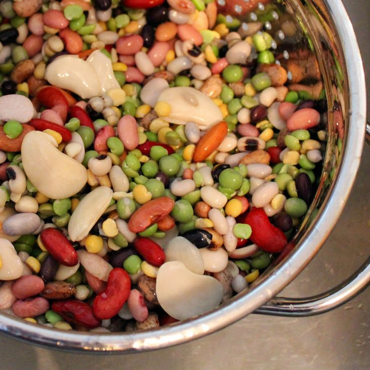 This 16 bean soup is a warm and comforting soup, perfect for cool weather - and includes no strange seasoning packets! Get the easy recipe on RachelCooks.com