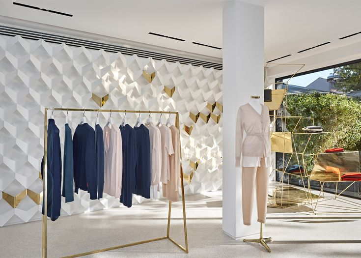 URAStudio creates minimalist clothing boutique in Istanbul