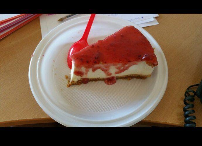 Tarta de queso fría con mermelada para #Mycook http://www.mycook.es/cocina/receta/tarta-de-queso-fria-con-mermelada
