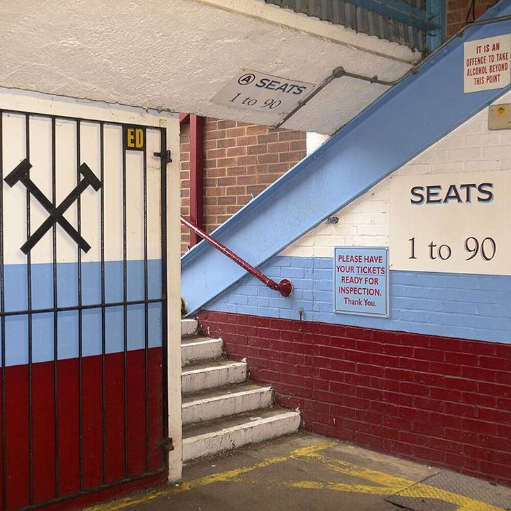 The historic home of the Hammers ⚽️#WHUFC #WHUWOL