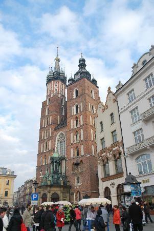 中央市場広場, クラクフ ポーランド 旅行・観光の見所を集めました。