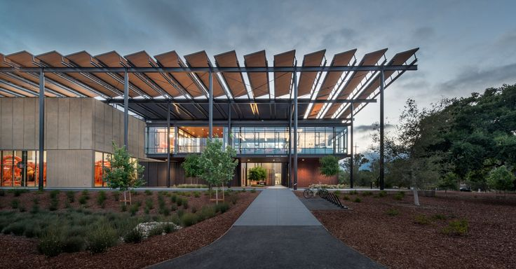 Completed in 2015 in Palo Alto, United States. Images by Tim Griffith, Robert Canfield, Steve Proehl, Matthew Anderson. Stanford University has just completed a transformational campus-wide energy system— replacing a 100% fossil-fuel-based combined heat and power plant...