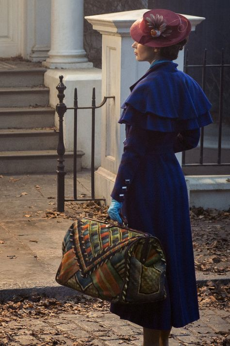 Sunday Best: Emily Blunt as Mary Poppins