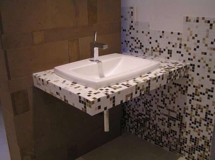 Mosaico bagno ~ Oltre 25 fantastiche idee su bagni in piastrelle a mosaico su