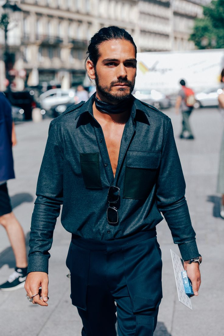 Giotto Calendoli | The Most Stylish Men in Paris Show You How to Dress This Summer Photos | GQ