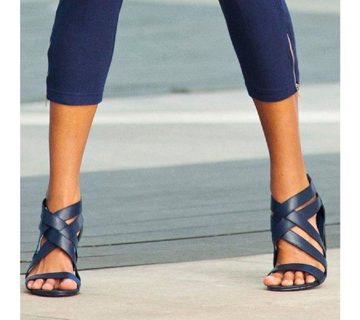 Nestárnoucí sandály s překříženými pásky | vyprodej-slevy.cz #vyprodejslevy #vyprodejslecycz #vyprodejslevy_cz #sandals