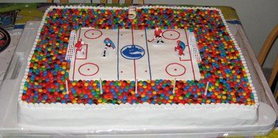 Yumm, we want to be a spectator in this cake!