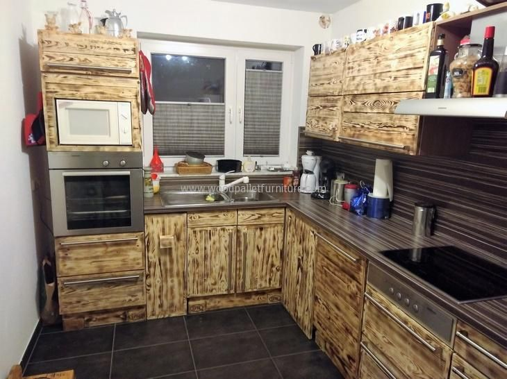 913 best images about pallets on pinterest wooden pallet - Cupboards made from pallets ...