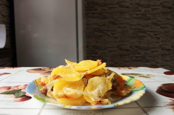 Картофель с фаршем запеченные в духовке