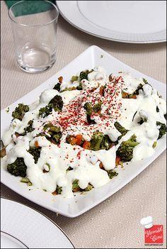 Havuçlu brokoli yoğurtlaması