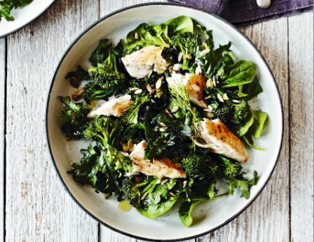Mackerel and Super Greens with Yoghurt Dressing