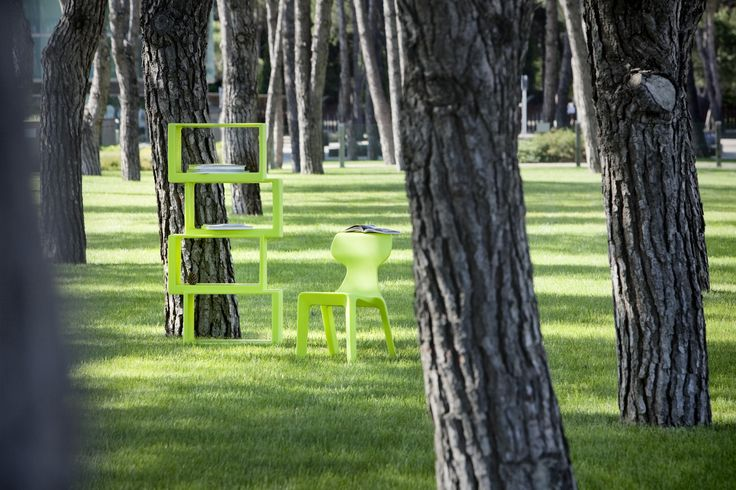Libreria Meta, colore verde. 21st Living Art.