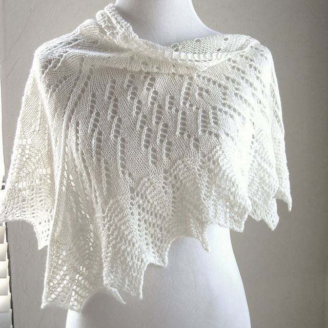 Uhura Shawl By MMario - Free Knitted Pattern - (ravelry)