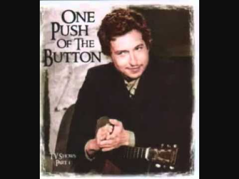 ▶ Bob Dylan The lonesome Death of Hattie Carroll - YouTube