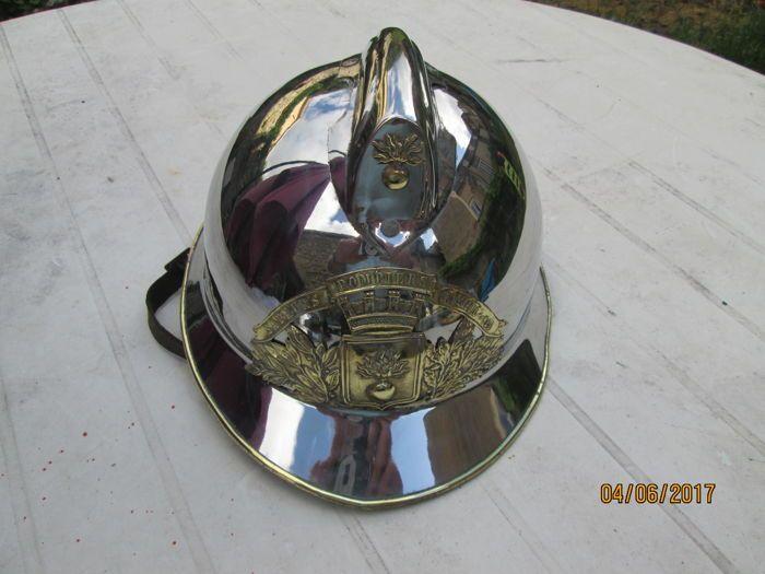 Prachtig brandweerman's helm 1933  Grote helm van Franse brandweerlieden 1933 volledige MONTREUIL S/MER kijken naar de foto's hebben een goede veiling  EUR 1.00  Meer informatie