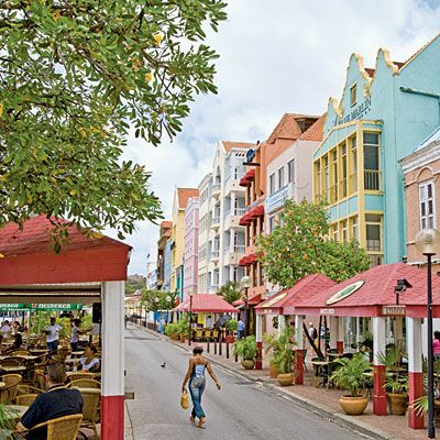 8 Reasons to Visit Curaçao