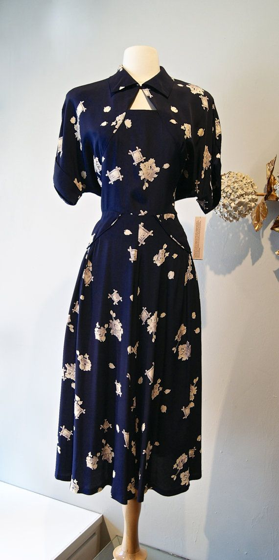 40s Rayon Dress / Vintage 1940s Novelty Print Rayon Dress Cuckoo Clocks Waist 34
