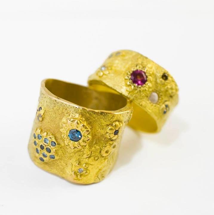 Dans la gamme Bijoux précieux, retrouvez Esther Assouline au salon Parures et Allures.