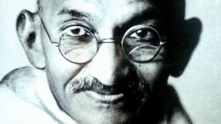 Mahatma Gandhi's nephew Kanu Gandhi's remarkable pictures of the leader are both intimate and remote, writes Soutik Biswas.