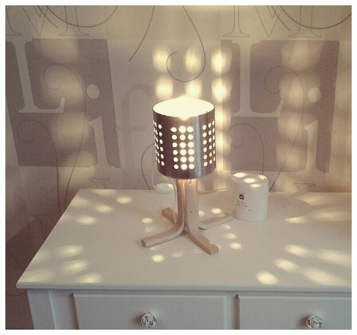 peste 25 dintre cele mai bune idei despre equerre en bois pe pinterest equerre murale equerre. Black Bedroom Furniture Sets. Home Design Ideas