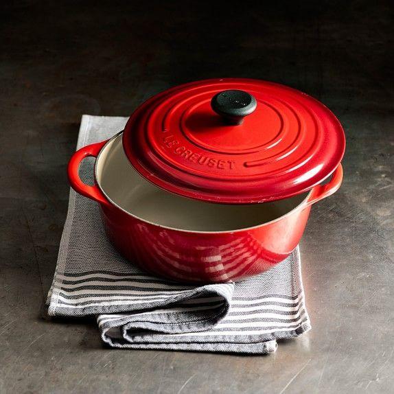 5 1 2 Qt Size In Red Le Creuset Signature Cast Iron Round