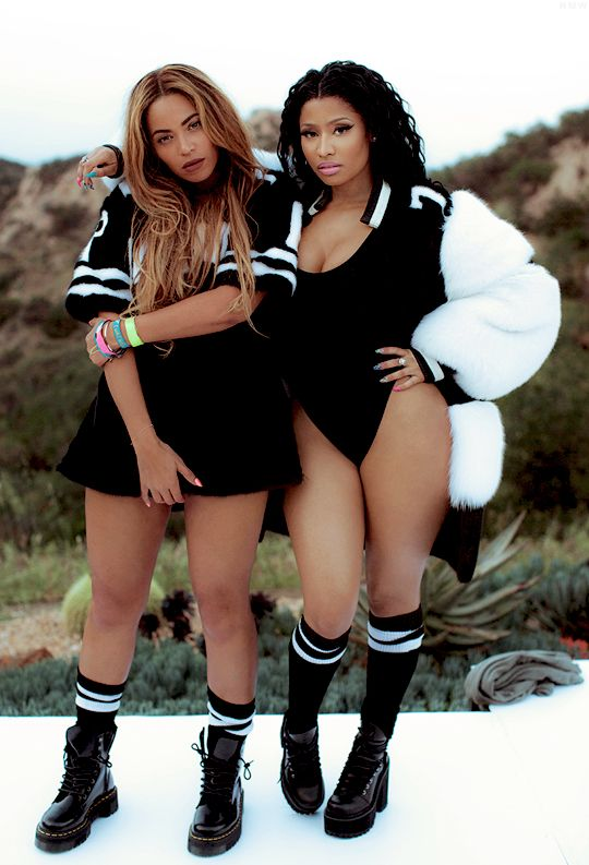 nicki minaj and beyonce new feeling myself video finally came out