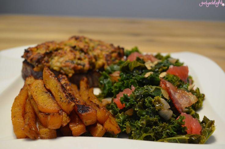 Winterrezept - judysdelight - #stuttgartviermal3 - Grünkohl-Grapefruit Salat mit Dattelkruste auf Rinderfilet und Steckrübenpommes