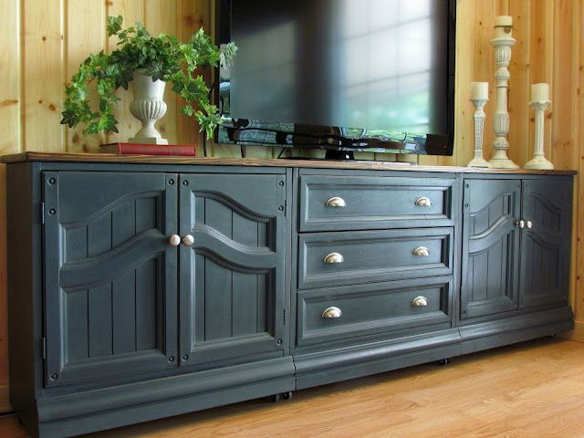 Annie Sloan graphite. Could be the answer to my kitchen cabinet redo!!!
