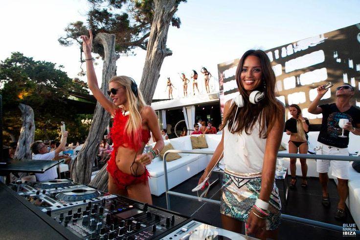 Dj Chelina Manuhutu (Ibiza)