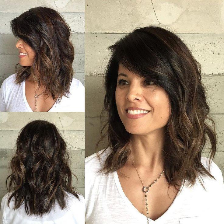 Wavy+Medium+Length+Brunette+Hairstyle