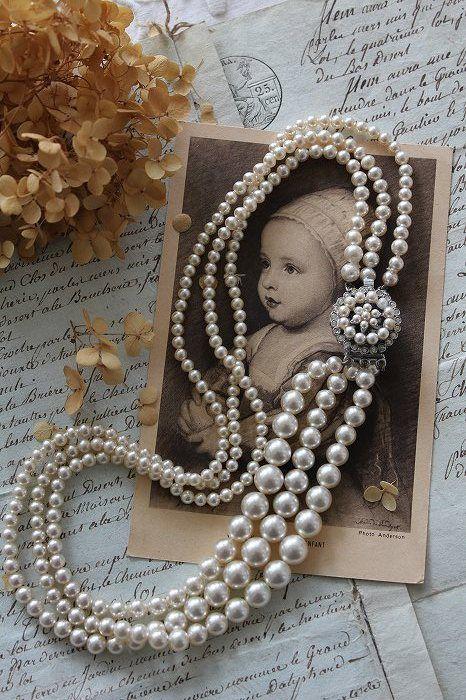 「ヴィンテージ 1950年代 3ストランドガラスパールネックレス」ココン・フワット Coconfouato [アンティーク照明&アンティーク家具] アンティークジュエリー ロザリオ ジュエリー シルバー リング ブローチ ネックレス 指輪 --jewelry--