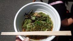 今年もおいしい新茶の時期がやってきました 熊本県山都町でもおいしい新茶がとれましたょ 毎年この時期に新茶まつりが開催され今年のお祭りに参加してきました 新茶を使った冷やし茶そばは涼しく風味もよく子供も食べやすかったです()  #熊本県山都町#新茶#新茶まつり#冷やし茶そば tags[熊本県]