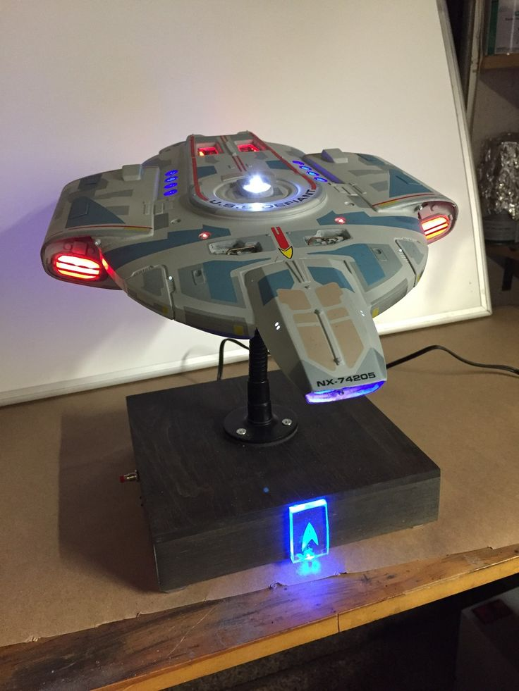 MOTY 2017 Entry USS Defiant This is the AMT re-pop of the 1:420 scale USS Defiant. The paint was custom mixed to achieve the color, and decals were from HDA Modelworx in addition to the marking decals provided with the model. I used the accurizing kit from Evil Duck Works productions for the bridge