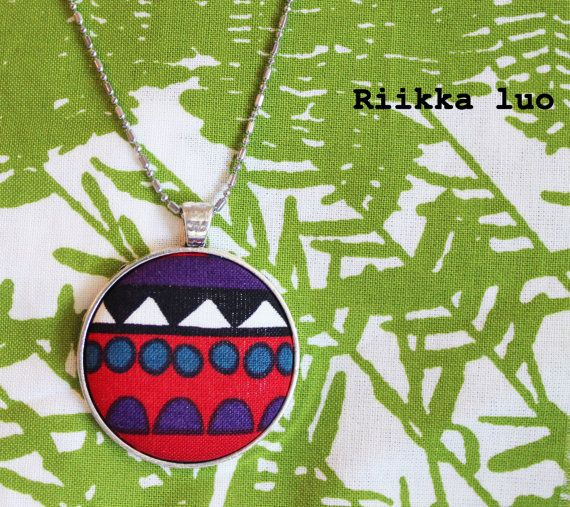 Button necklace  Unique cover button jewelry by RiikkaLuoDesigns