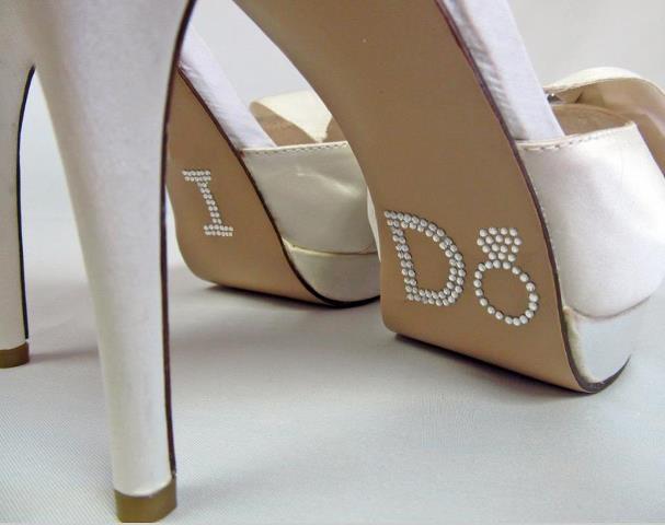noivas sapatos - noivas -novias - bride - shoes - zapatos - vestidos